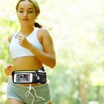 INLYF Running Belt with Water Bottle (10oz), Adjustable Waist Hydration pack for iPhone 7/8/X with Touchscreen